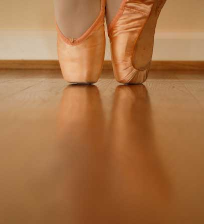 Pointe_shoes4